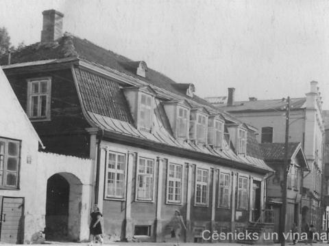 Nams Cēsīs, Rīgas ielā 15 ap 1950. gadu. - CM zp 1440