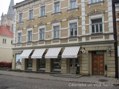 Cēsīs, Rīgas iela 12, 2013.gada oktobrī. D. Cepurītes foto