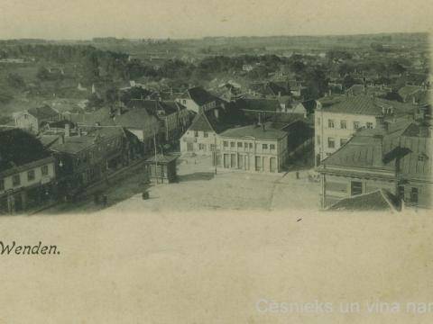 Cēsis, Tirgus laukums un Rīgas iela skatā no Sv. Jāņa baznīcas torņa 19. gs. beigās-20. gs. sākumā