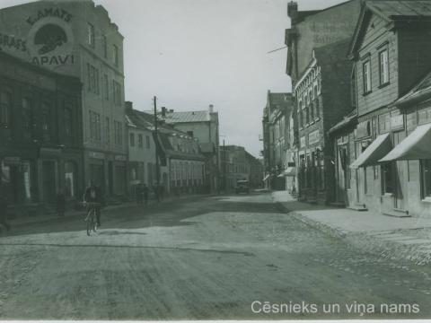 Cēsis, Rīgas iela ap 1930. - 1934.gadu; CM 46465