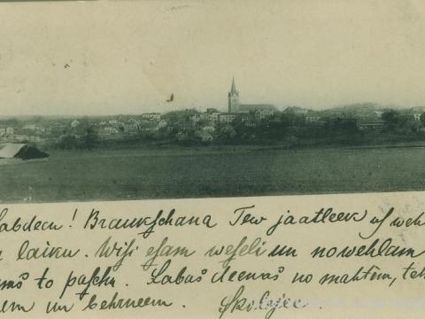 Cēsu panorāma no Zvirbuļkalna 20. gs. sākumā.